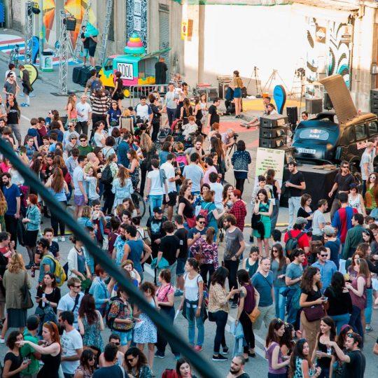 http://2018.usbarcelona.com/wp-content/uploads/2016/10/ús-barcelona-arte-urbano-festival-4-540x540.jpg